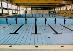 Fondo mobile piscine interrate e accessori per piscine for Piscina vetroresina usata