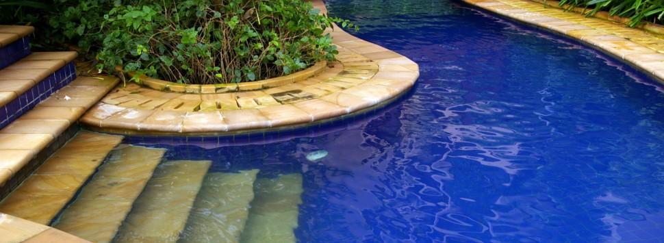 Fari subacquei per piscina piscine interrate e accessori per piscine tanti consigli utili - Accessori per piscine interrate ...